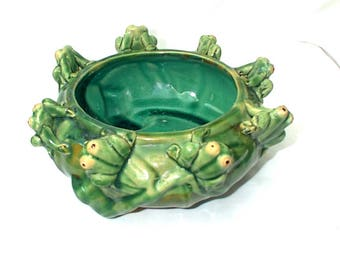 Vintage Majolica Frog Flower Planter Bowl Pot