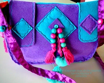 Purple turquoise ethnic shoulder bag trompe - l'oeil in the colors of the India