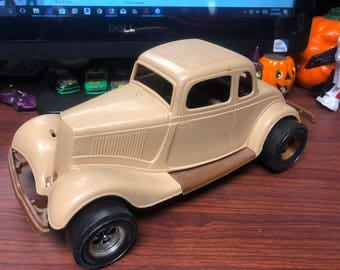 Vintage Tootsietoy Durant Plastics 1934 Ford Victoria Made in the USA