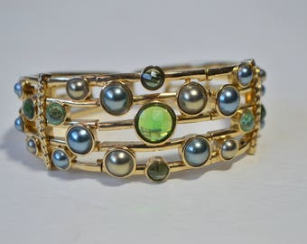 Stunning Vintage Monet Emerald Green Blue Crystal Pearl Gold Plated Wire Bangle Bracelet