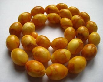 beautiful vintage Egg yolk Butterscotch  Baltic Amber necklace, ca. 53 grams