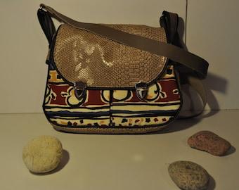 faux leather beige snake with shoulder strap bag