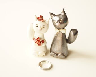 Cat Cake Topper, Wedding Cat Couple, Wedding Cake Topper, Married Couple, Wedding Gift, Ceramic Cake Topper by Her Moments