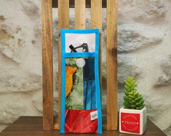 Multicolored oilcloth glasses case
