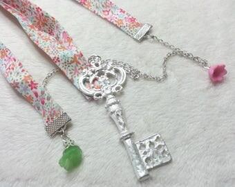 Liberty silver treasure key necklace