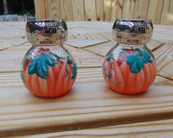 hand painted pumpkin glass salt and pepper shakers
