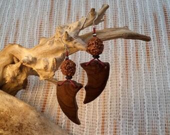 Olive wood with rudraksha seeds earrings.