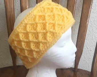 Crochet diamond stitch earwarmer