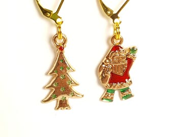 Jeweled Santa & Christmas Tree Gold Progress Keeper Set of 2, Knitting Stitch Markers, Progress Markers with 6mm lever back SM0014