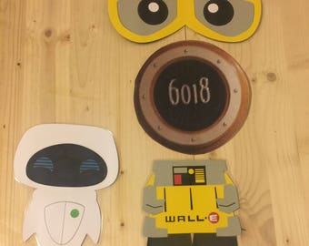 wall e and friend stateroom cruise door magnet set