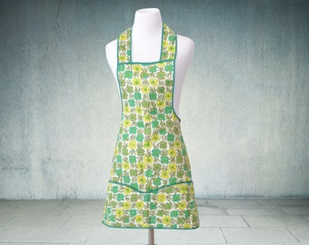 1960s Full Apron Green and Gold Floral Like New Union Made