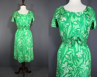 60's Dress.......Early 60's Green Floral Day Dress