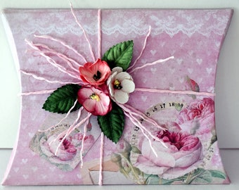Studio Light Shabby Chic Gift Box, DIY gift box for crafters for a special present, Die cut gift box ready to decorate