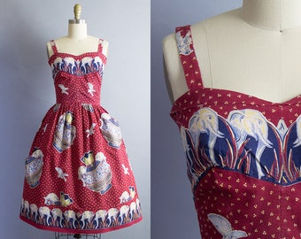1950s Elephants Novelty Print Sundress/ 50s animal border skirt dress/ Small (32b/25w)