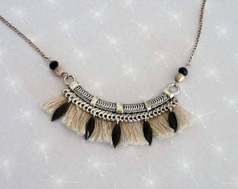 Necklace plastron rose tone beige and black with beige fringe and sequins enamelled