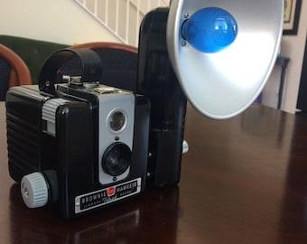 Kodak Brownie Hawkeye with Flash Attachment/Bulbs