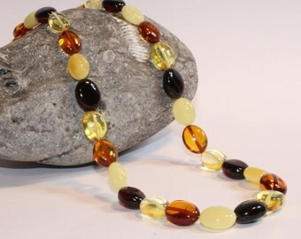 2018年中国新年 - 狗的一年 Necklace Large Olive Natural Baltic Amber/ amber jewelry/ organi  Large amber necklace.