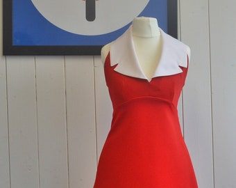 Stunning Vintage  70's halterneck mini dress - Red and White Retro, Disco