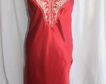 Rust coloured polyester satin slip with lace detail REF 621