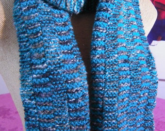 hand knitted scarf in grey/green