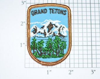 Grand Tetons Iron-On Vintage Embroidered Travel Patch Emblem Wyoming National Park Trip Souvenir Gift Idea Collectible Vacation Holiday e24f