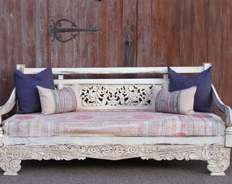 Carved Dee Opium Teak Daybed, Carved Daybed Sofa, Wooden White Daybed , Indoor Outdoor Daybed, Lounge Daybed, Teak Daybed, Boho Daybed Sofa,
