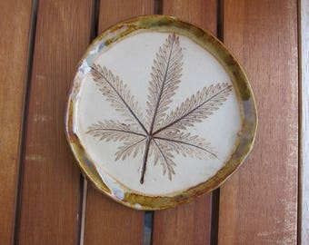 To order - rest spoon made of stoneware with leaf imprint