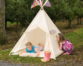 Kids Teepee playtent with wooden poles included