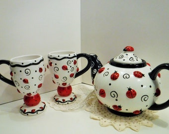 Ladybug Teapot Set, Large Lady Bug Teapot With Matching Cups, Ladybug Cups and Teapot, Fun Teapot, Bright Teapot, Lady Bug Tea Party Teapot