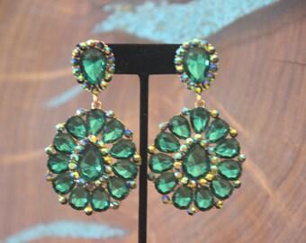 emerald green clip on earrings, emerald green rhinestone clip on earrings, prom crystal earrings, pageant chunky earrings