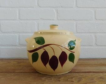 Vintage Watt Pottery Bean Pot American Red Bud Teardrop Pattern 76 Bean Pot with Lid, Farmhouse Kitchen, Collectible Stoneware Pottery