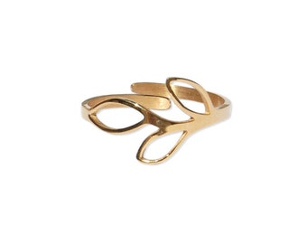 Olympe ring - beautiful flowery thin gold ring