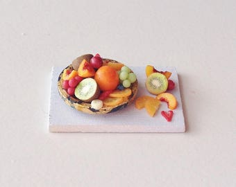 Miniature Food   1:12 Scale Dollhouse Fruit Platter