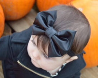 Baby bows, girl bows, hair bows, black bows , leather bows