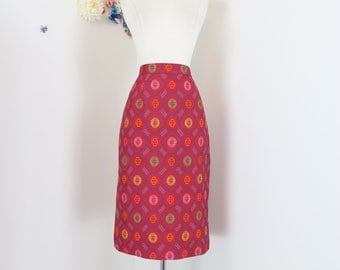 "1960s 70s Skirt - Red Patterned Floral Jacquard Pencil Skirt - Mad Men Style - Graphic Print - Back Slit - Handmade - Size Small 27"" Waist"