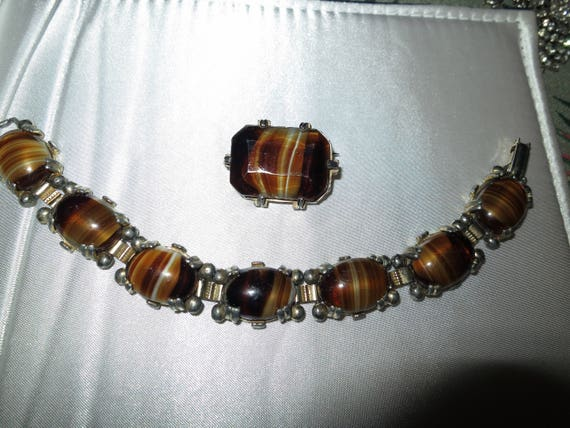Lovely vintage Scottish goldtone banded agate glass bracelet and brooch