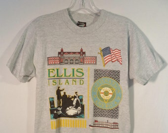 Rare 80s Ellis Island t shirt// Immigration America gateway NYC souvenir tee// Vintage Screen Stars Best made in USA// Women's size small