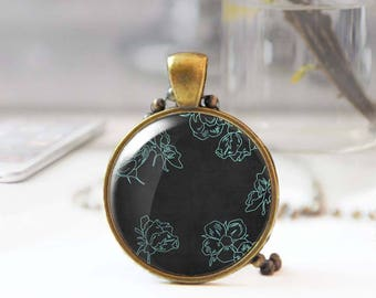 Green flower necklace, Cabochon necklace, Floral pendant necklace, Grungy necklace for women, Bohemian jewelry, Gift for her, 5119-4