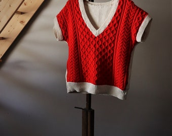 Vintage 70s sweater s / / handmade / / knit short sleeve / / Handmade Sweater