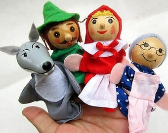 Set of 4 wooden finger puppets and Le Petit Chaperon Rouge story Grand mother wolf Hunter girl theme Teddy