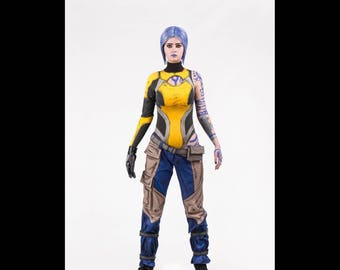 Maya cosplay costume from Borderlands 2 video game, Halloween costume