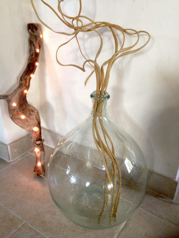 lampe en bois flott de racine et guirlande lumineuse ins r e. Black Bedroom Furniture Sets. Home Design Ideas