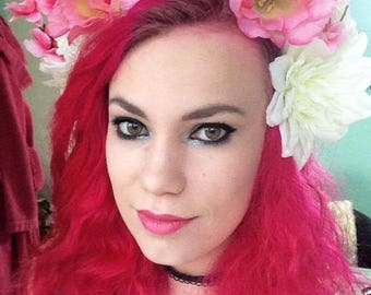 Reversible pink and white flower crown headpiece