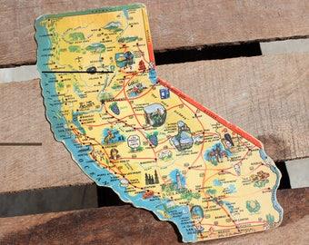 Vintage 1950's California Shaped Postcard