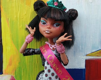 Cleo de Nile Monster High repaint doll Candy