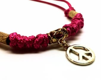 Women's jewellery Handmade pink necklace with peace & love pendant - Representing a feminine, playful and romantic style. Gift box included
