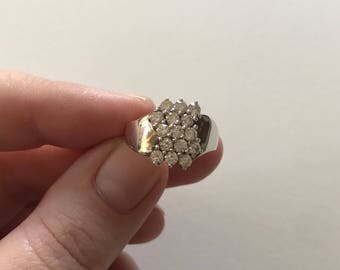 Vintage White Cubic Zirconia Cluster 925 Sterling Silver Ring
