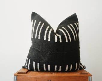 THE CANNON African Mud Cloth Pillow Cover in Black