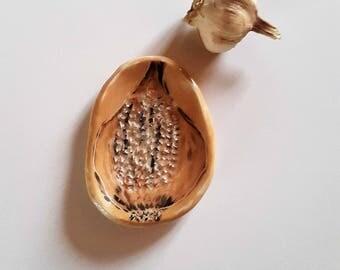 Ceramic garlic grater / / scratch ceramic garlic / / Cup ceramic garlic / / gift for Cook / / Cookware / / guitar garlic Provence
