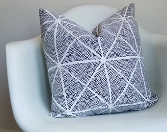"18""x18"" pillow cover with a black and white pattern"